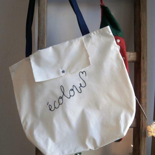 sac brodé